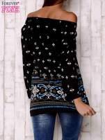 Czarna bluzka z ornamentowymi motywami