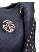 Czarna fakturowana torba ze złotymi nitami                                  zdj.                                  8