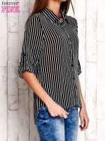 Czarna koszula w paski z podwijanymi rękawami                                  zdj.                                  3