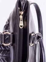 Czarna pikowana torba na ramię