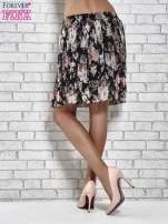 Czarna plisowana spódnica w kwiaty