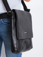 Czarna skórzana męska torba z klapką                                  zdj.                                  5