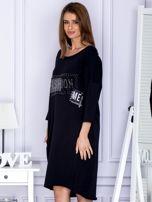 Czarna sukienka dresowa z napisem FASHION                                  zdj.                                  3