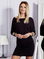 Czarna sukienka koktajlowa z biżuteryjnymi wstawkami                                  zdj.                                  1