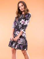 Czarna sukienka w kwiatowy wzór                                  zdj.                                  1