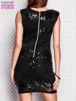 Czarna sukienka z aplikacją z koralików i cekinów                                  zdj.                                  4
