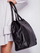 Czarna torba na ramię w miejskim stylu                                  zdj.                                  5