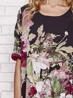 Czarna tunika mgiełka w malowane kwiaty