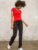 Czarne spodnie dresowe z kieszeniami                                  zdj.                                  4