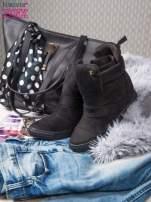 Czarne zamszowe sneakersy bandage                                  zdj.                                  2