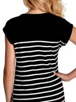 Czarno-biała sukienka w paski z napisem w stylu city                                  zdj.                                  7