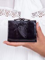 Czarny portfel w tłoczone motyle                                   zdj.                                  3