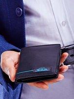 Czarny skórzany portfel dla mężczyzny z niebieskim emblematem                                  zdj.                                  6