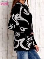 Czarny sweter long hair z ornamentowym motywem                                                                          zdj.                                                                         3