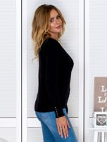 Czarny sweter w serek                                  zdj.                                  3
