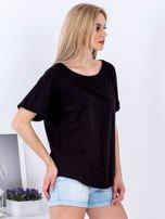 Czarny t-shirt basic z podwijanymi rękawami                                  zdj.                                  5