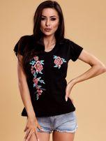 Czarny t-shirt damski w kwiaty                                  zdj.                                  1