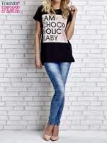 Czarny t-shirt z napisem I AM CHOCOHOLIC BABY                                  zdj.                                  7