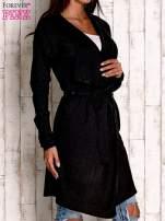 Czarny wełniany sweter z wiązaniem                                  zdj.                                  3