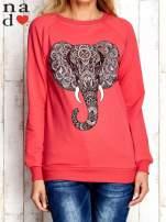 Czerwona bluza z nadrukiem słonia                                  zdj.                                  1