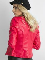 Czerwona kurtka z pikowanymi modułami                                  zdj.                                  2
