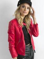 Czerwona kurtka z pikowanymi modułami                                  zdj.                                  3