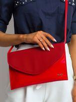 Czerwona lakierowana kopertówka z klapką                                  zdj.                                  1