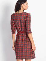 Czerwona prosta sukienka w kratkę                                  zdj.                                  3