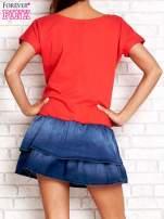 Czerwona sukienka dresowa z jeansowym dołem                                  zdj.                                  2
