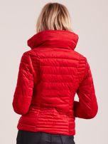 Czerwona welurowa kurtka                                  zdj.                                  2