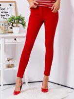 Czerwone dopasowane spodnie high waist                                   zdj.                                  1