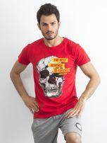 Czerwony bawełniany t-shirt męski z printem                                  zdj.                                  1