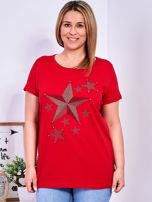 Czerwony t-shirt z błyszczącymi gwiazdami PLUS SIZE                                  zdj.                                  1