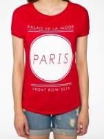Czerwony t-shirt z nadrukiem PARIS