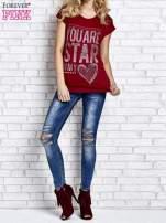 Czerwony t-shirt z napisem YOU ARE STAR IN MY HEART z dżetami                                                                          zdj.                                                                         6