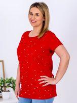 Czerwony t-shirt z perełkami PLUS SIZE                                  zdj.                                  5