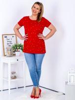 Czerwony t-shirt z perełkami PLUS SIZE                                  zdj.                                  4