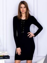 Dopasowana sukienka z wiązanym dekoltem czarna                                  zdj.                                  1