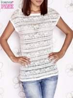 Ecru ażurowy t-shirt z koronką                                                                          zdj.                                                                         1