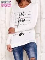 Ecru bluza z napisem GET YOUR HAPPY ON