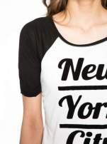 Ecru-czarny t-shirt z nadrukiem NEW YORK CITY 1983                                  zdj.                                  5