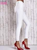 Ecru dopasowane spodnie skinny jeans