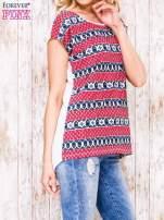 Ecru t-shirt z czerwono-niebieskim nadrukiem                                  zdj.                                  3