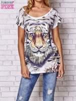 Ecru t-shirt z nadrukiem tygrysa                                  zdj.                                  1