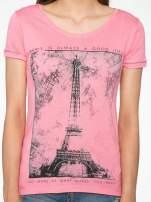 Fuksjowy t-shirt z nadrukiem wieży Eiffla                                                                          zdj.                                                                         7