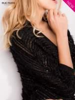 Futrzany sweter nietoperz przeplatany błyszczącą nicią                                  zdj.                                  5