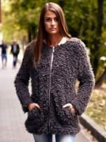 Jasnoróżowy futrzany sweter kurtka na suwak