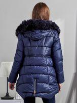 Granatowa kurtka damska z ozdobnymi suwakami                                  zdj.                                  2