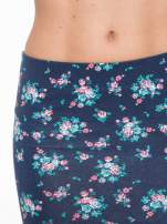 Granatowa mini spódnica tuba w kwiaty