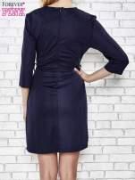 Granatowa rozkloszowana sukienka ze skórzanymi modułami                                  zdj.                                  2